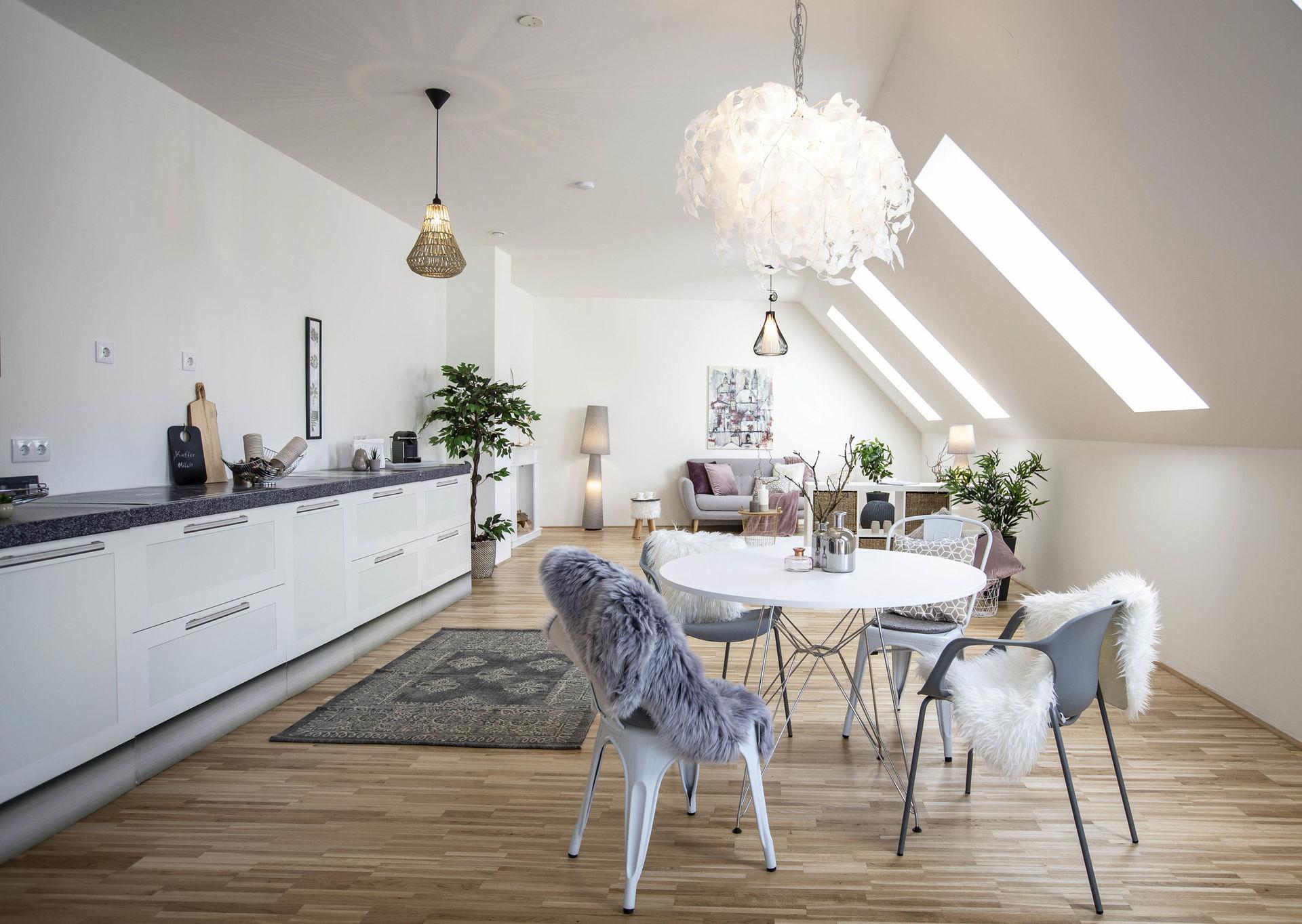 Elisabeth Feike - Homestaging & Redesign - 5202 Neumarkt am Wallersee